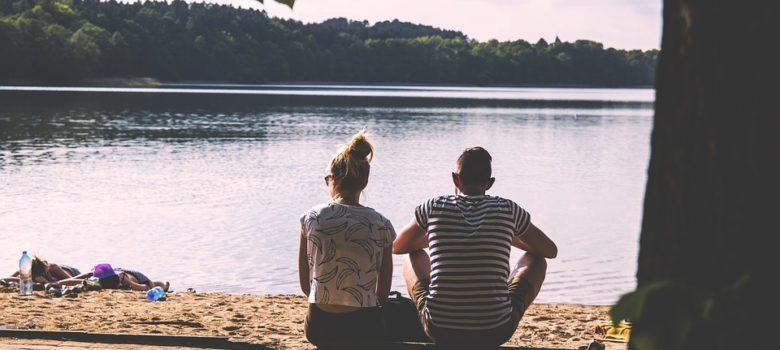 couple-1834936_960_720